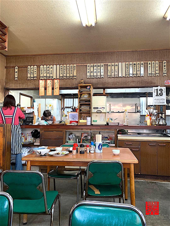 さかゑ食堂オープンキッチン