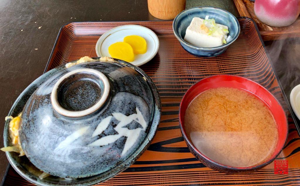 アサヒ食堂 カツ丼