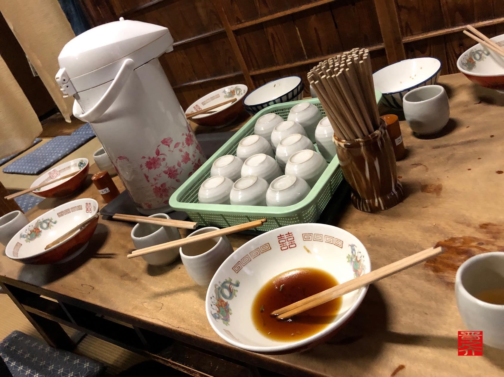 信濃屋麺類店 相席