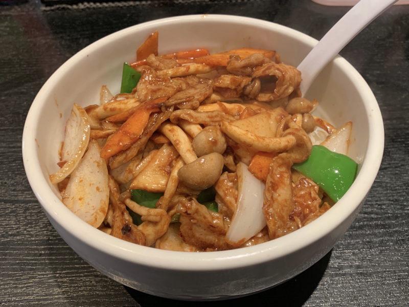 台湾料理専門店「百味軒」ホルモン丼