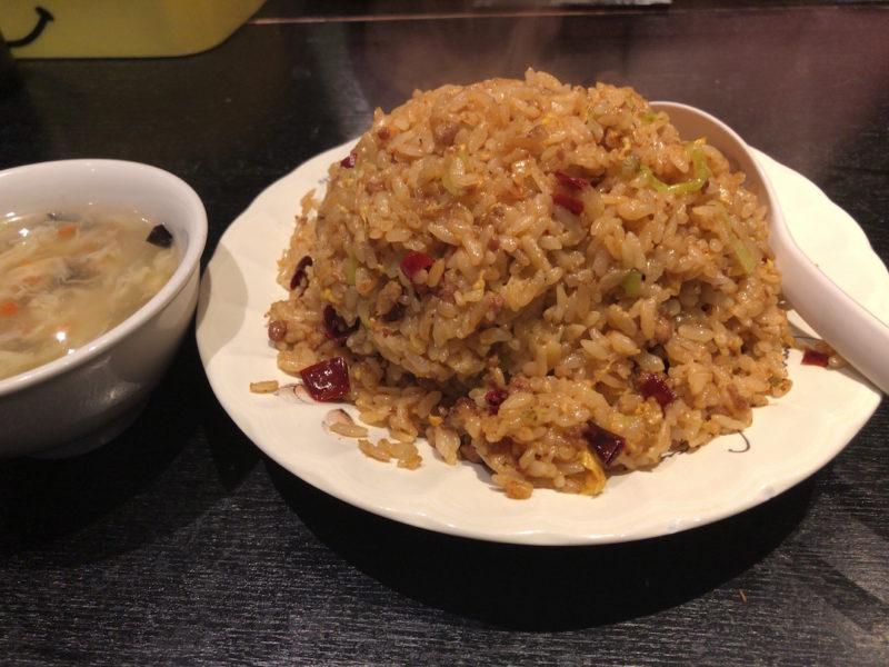 台湾料理専門店「百味軒」台湾炒飯大盛り