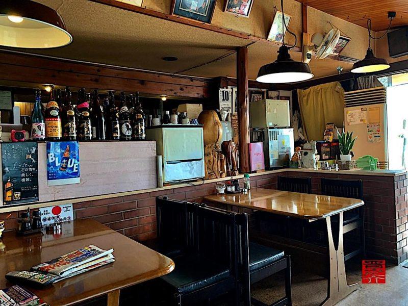 コーヒー松阪店内2