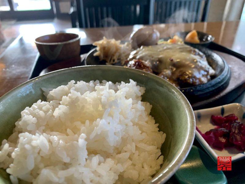 チーズハンバーグ定食(コーヒー松阪)