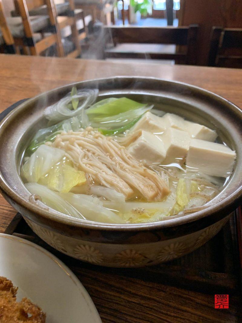 お食事処もりた屋湯豆腐