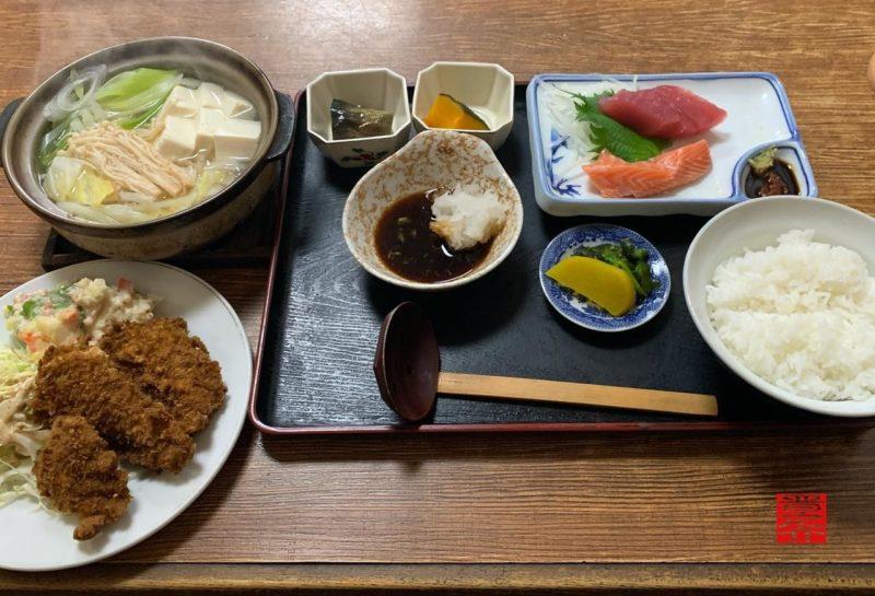 お食事処もりた屋湯豆腐定食