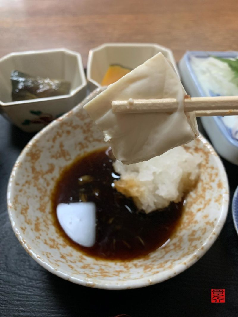 お食事処もりた屋湯豆腐アップ