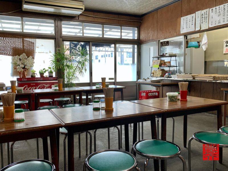玉麺佳津屋内観2