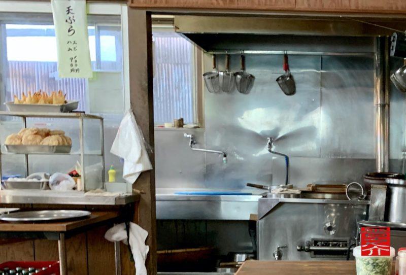 玉麺佳津屋厨房