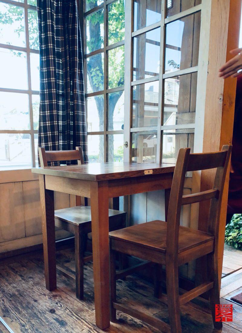 食堂Pecori(ペコリ)窓辺