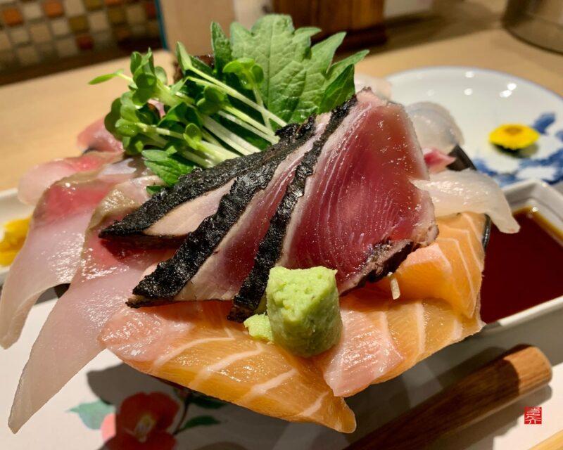 彩花亭海鮮丼2