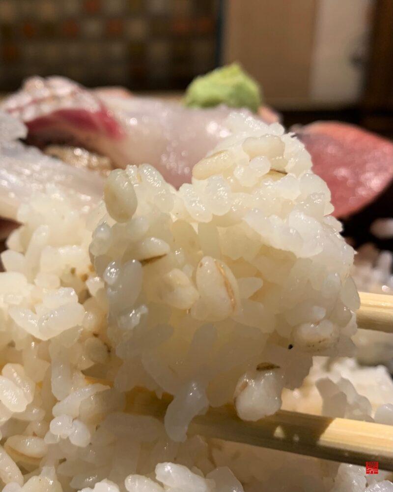 彩花亭海鮮丼5