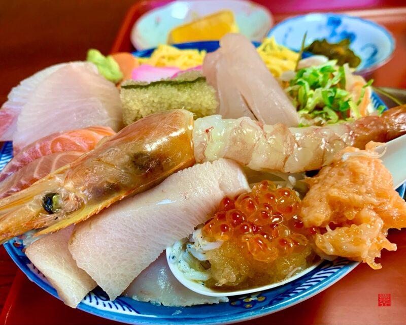 魚春海鮮丼2