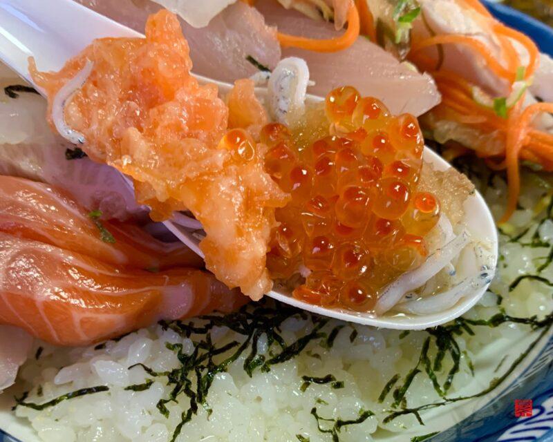 魚春海鮮丼7